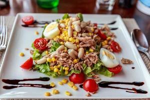 salada de atum fresco foto