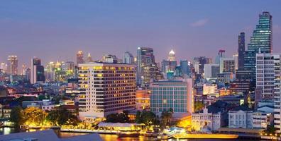 centro da cidade de banguecoque foto