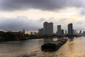 vida matinal em bangkok foto