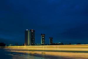 skyline da cidade de bangkok foto