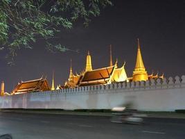 wat phra kaew, grande palácio, bangkok foto