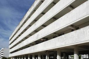 vista em perspectiva de edifício residencial foto
