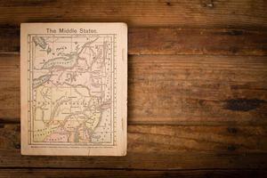 1867, mapa de cores dos estados médios (unidos), com espaço para texto