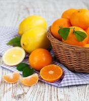 tangerina e limões foto