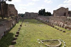 ruínas do monte palatino foto