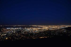 cidade do cabo à noite