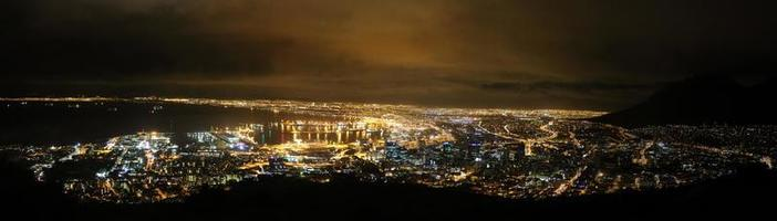 vida noturna da cidade do cabo foto