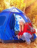 relaxamento no acampamento foto