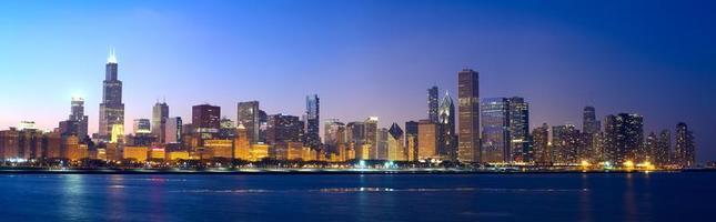 uma vista panorâmica do horizonte de chicago foto