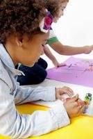 crianças criativas foto