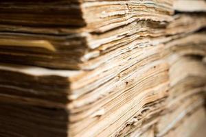 documentos em papel velhos no arquivo