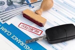 formulário de reclamação de seguro automóvel foto