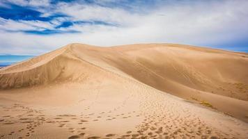 grandes dunas de areia foto