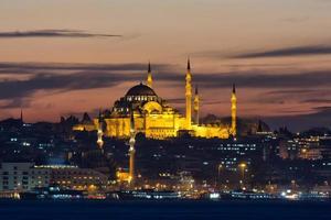 Mesquita Suleymaniye na noite de Istambul