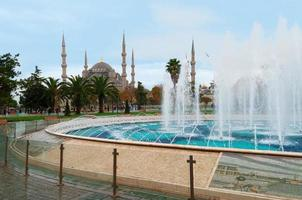 Mesquita Azul em Istambul, Praça Sultanahmet foto