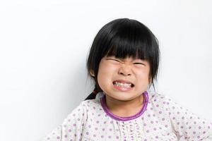 pequena criança asiática