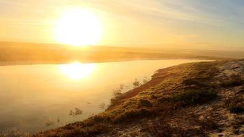 nascer do sol sobre o rio jakkals da baía de lambert
