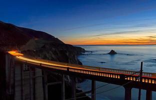 pôr do sol ponte bixby foto