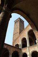 catedral de saint ambrose, milão, itália