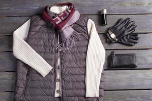 roupas e acessórios masculinos bonitos. foto