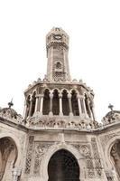torre do relógio isolada no branco, izmir, turquia foto
