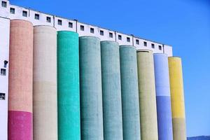 silos industriais foto