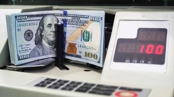 máquinas de contagem de dinheiro foto