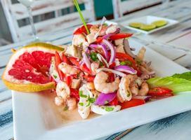 ceviche de frutos do mar mexicano