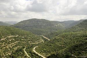 estrada de ferro nas montanhas de jerusalém, israel foto