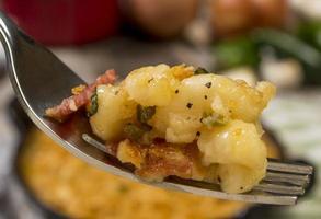 bacon e jalapeno mac e queijo foto