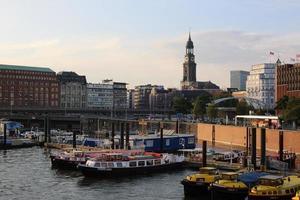 porto de hamburgo foto