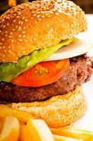 sanduíche de hambúrguer clássico foto