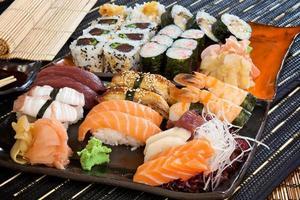 grande conjunto de sushi