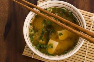 sopa de missô japonês foto