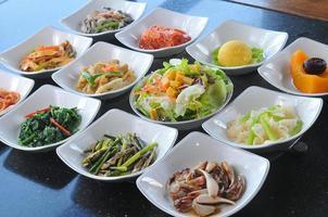 pratos da cozinha coreana foto