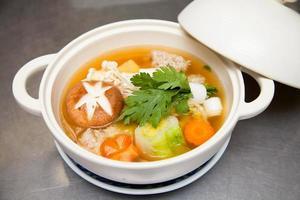 sopa de inverno japonesa foto