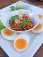 caril de ovo legumes foto