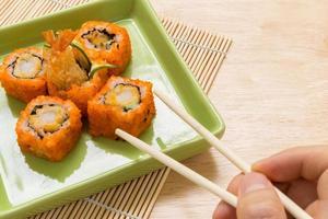 rolo de sushi / fundo de rolo de sushi foto