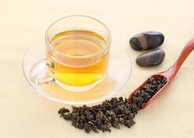 copo com chá verde foto