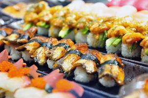 sushi de enguia nigiri (unagi) foto