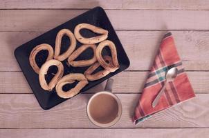 churros lanche doce espanhol com chocolate foto