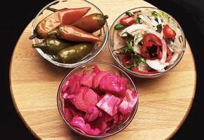 variedade de pratos vegetarianos foto