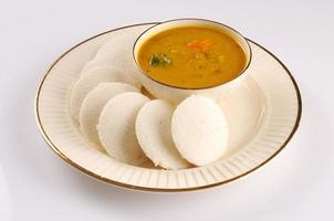 sambar idli, prato do sul da Índia foto