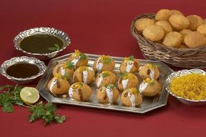 dahi batata puri, item de bate-papo, índia foto