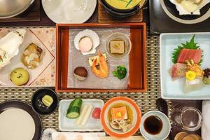 conjunto de comida japonesa foto
