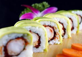 tempura de camarão com chese foto