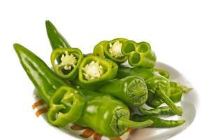 jalapenos (pimentões verdes) foto