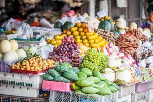 frutas e vegetais tropicais foto