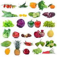 frutas e vegetais isolados no fundo branco