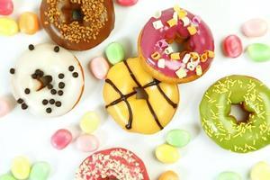 rosquinhas doces e brilhantes foto